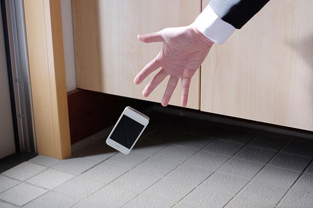 画面 割れる 夢 携帯